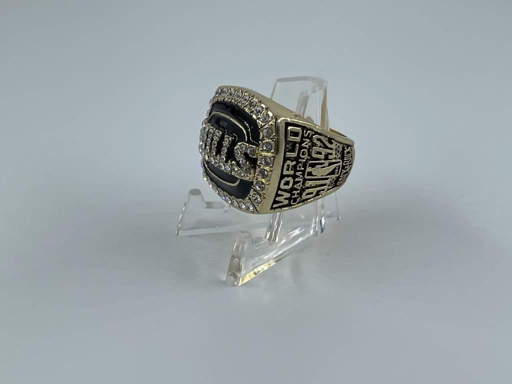 Replica NBA Championship Ring - 1992 Chicago Bulls - Michael Jordan