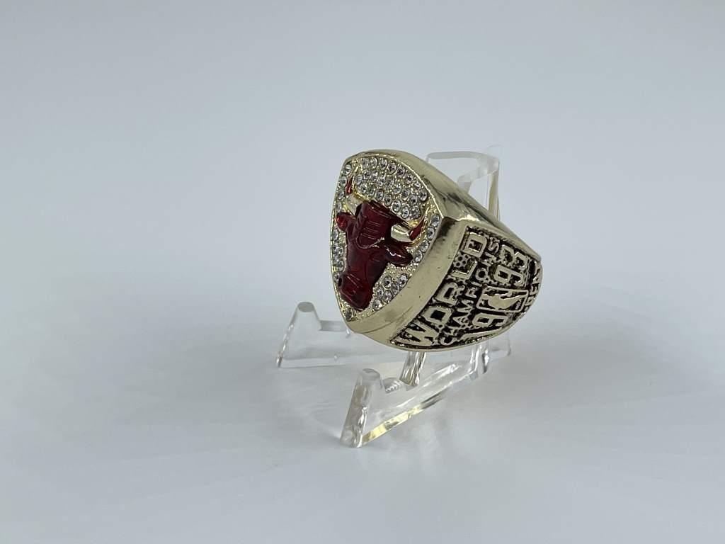 Replica NBA Championship Ring - 1993 Chicago Bulls - Michael Jordan
