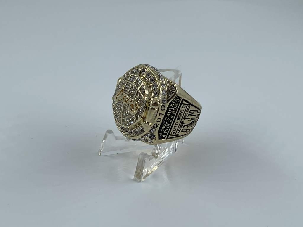 Replica NBA Championship Ring - 2010 Los Angeles Lakers - Kobe Bryant