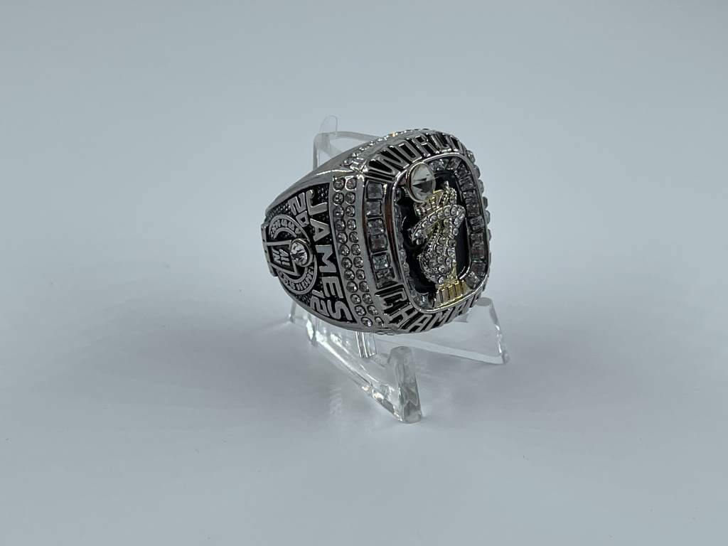 Replica NBA Championship Ring - 2012 Miami Heat - LeBron James