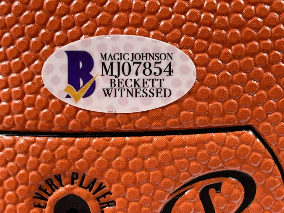 Lakers Magic Johnson Authentic Signed Basketball Autographed [BAS MJ07854]