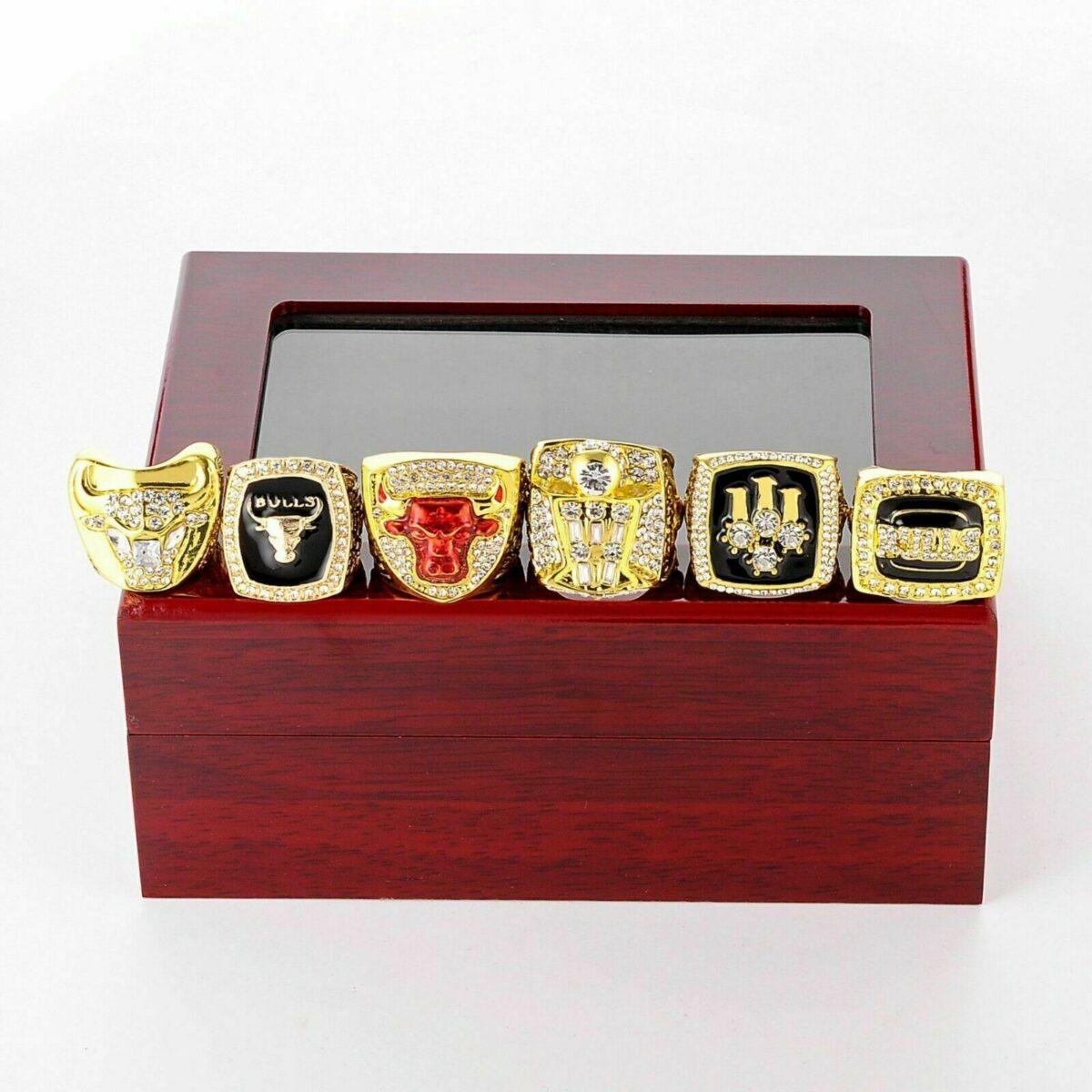 Set 6Pcs Chicago Bulls Championship Ring WITH Display Box Michael Jordan Fans